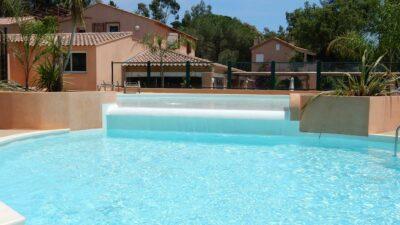 Water park Sunbathing beach Heated swimming pool Solarium