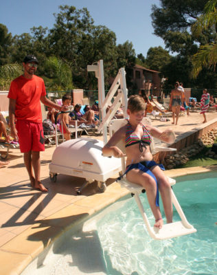 French Riviera Swimming pool PRM Holiday Suitable