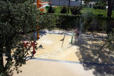 Seaside Water games Heated pool Family