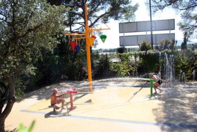 Hyères Water games Children holidays