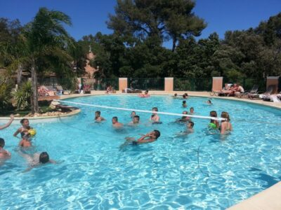 Camping Hyères Heated swimming pool Activities Sport Holidays