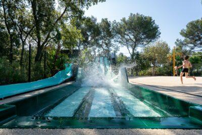 Camping Hyères Water slide Swimming pool Water games