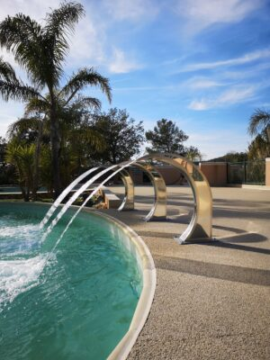 Hyères Beach Heated pool Massage shower Relaxation Holidays