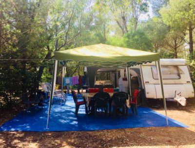 Shaded pitch - cheap camping - French riviera-Côte d'Azur
