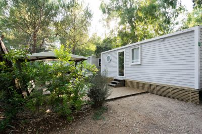 Hyères air-conditioned mobile home rentals cheap campsite