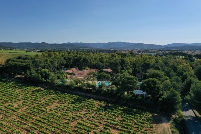 Camping Provence nature - waterpark and beaches