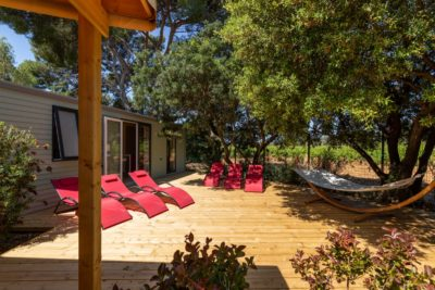 Villa for family holiday - sun loungers