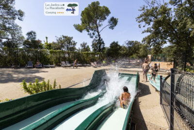 Hyères Swimming pool Water park Toboggan Holidays Relaxation