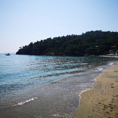 Plage de Pramousquier in Lavandou sur la Côte d'Azur
